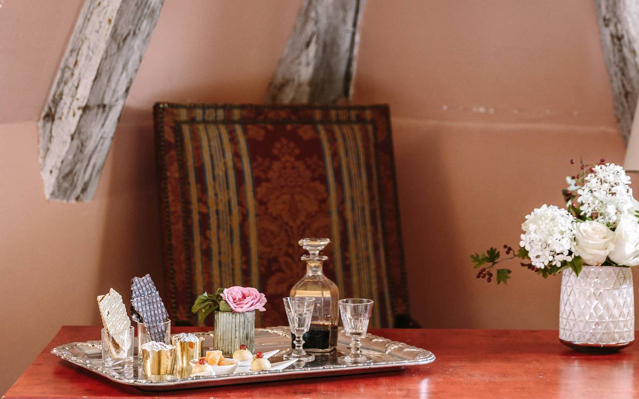Room service tray - Chateau hotel dordogne