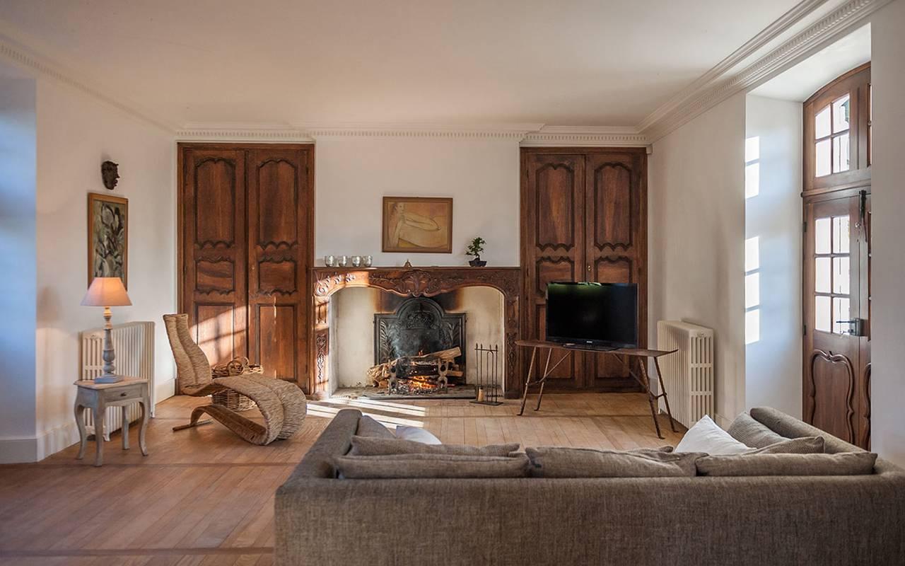 Living room in La chartreuse room - chateau hotel dordogne