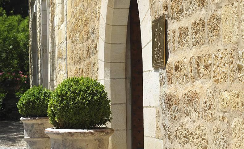 front Castle hotel Dordogne Château de la Treyne