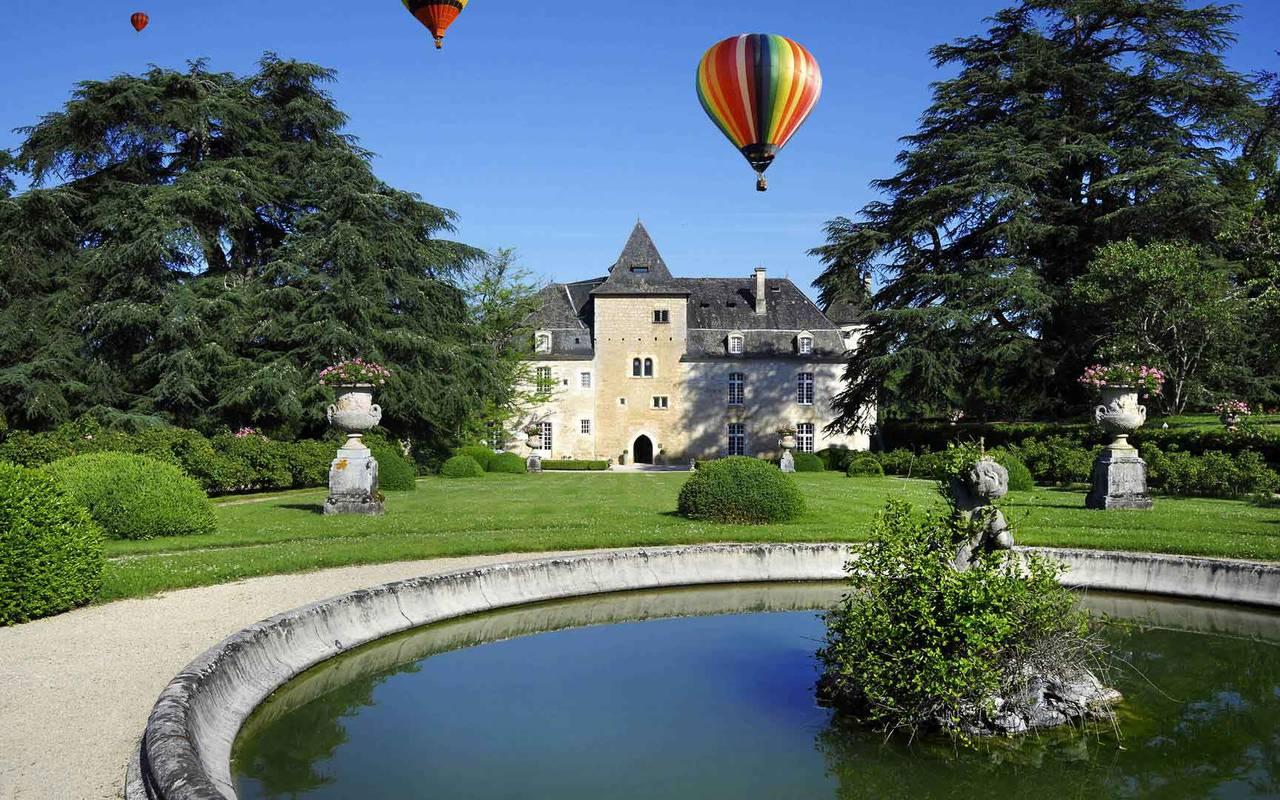 Activity Hot-air Balloon Hotel Lacave Château de la Treyne
