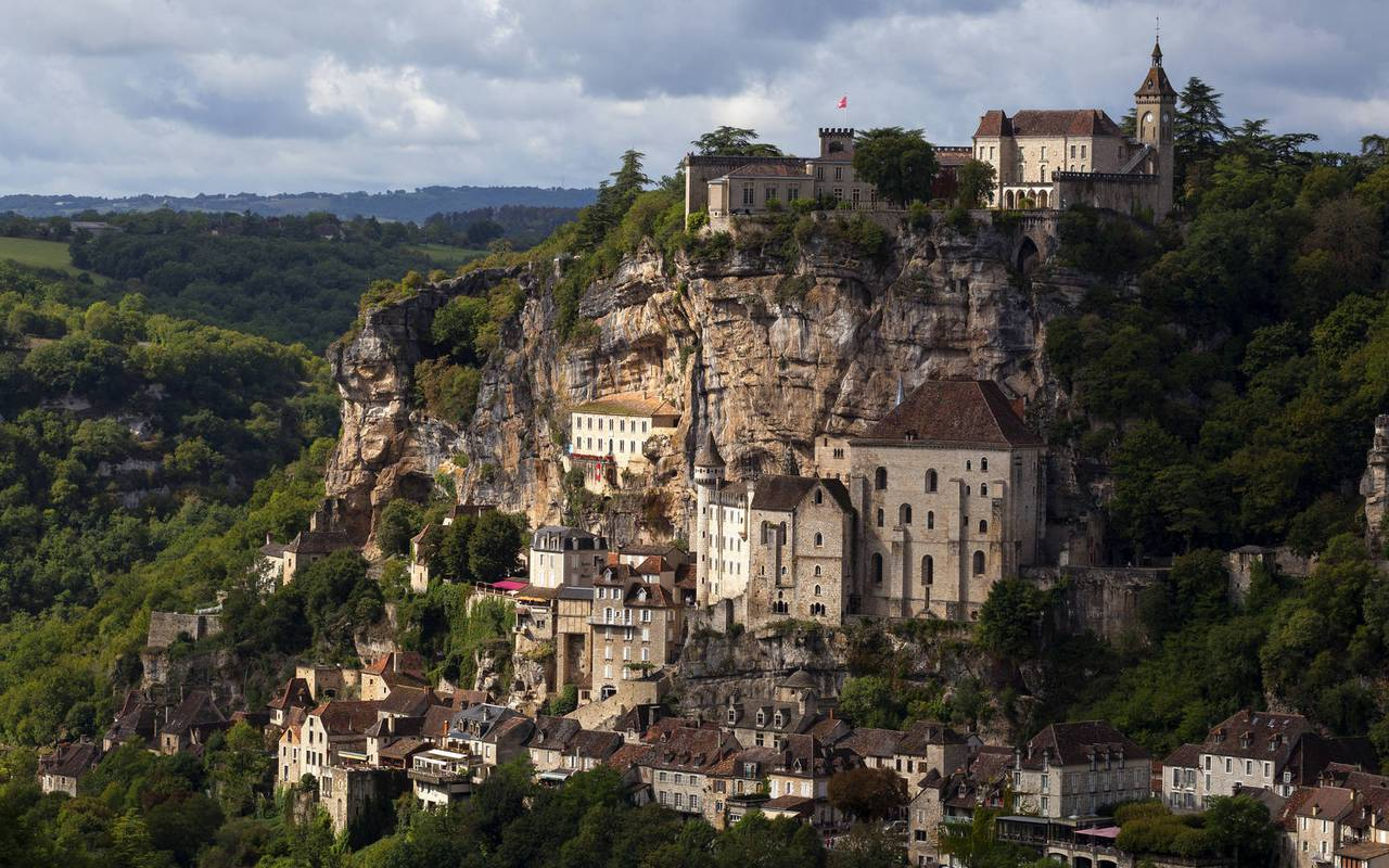 City of Rocamadour - chateau hotel dordogne