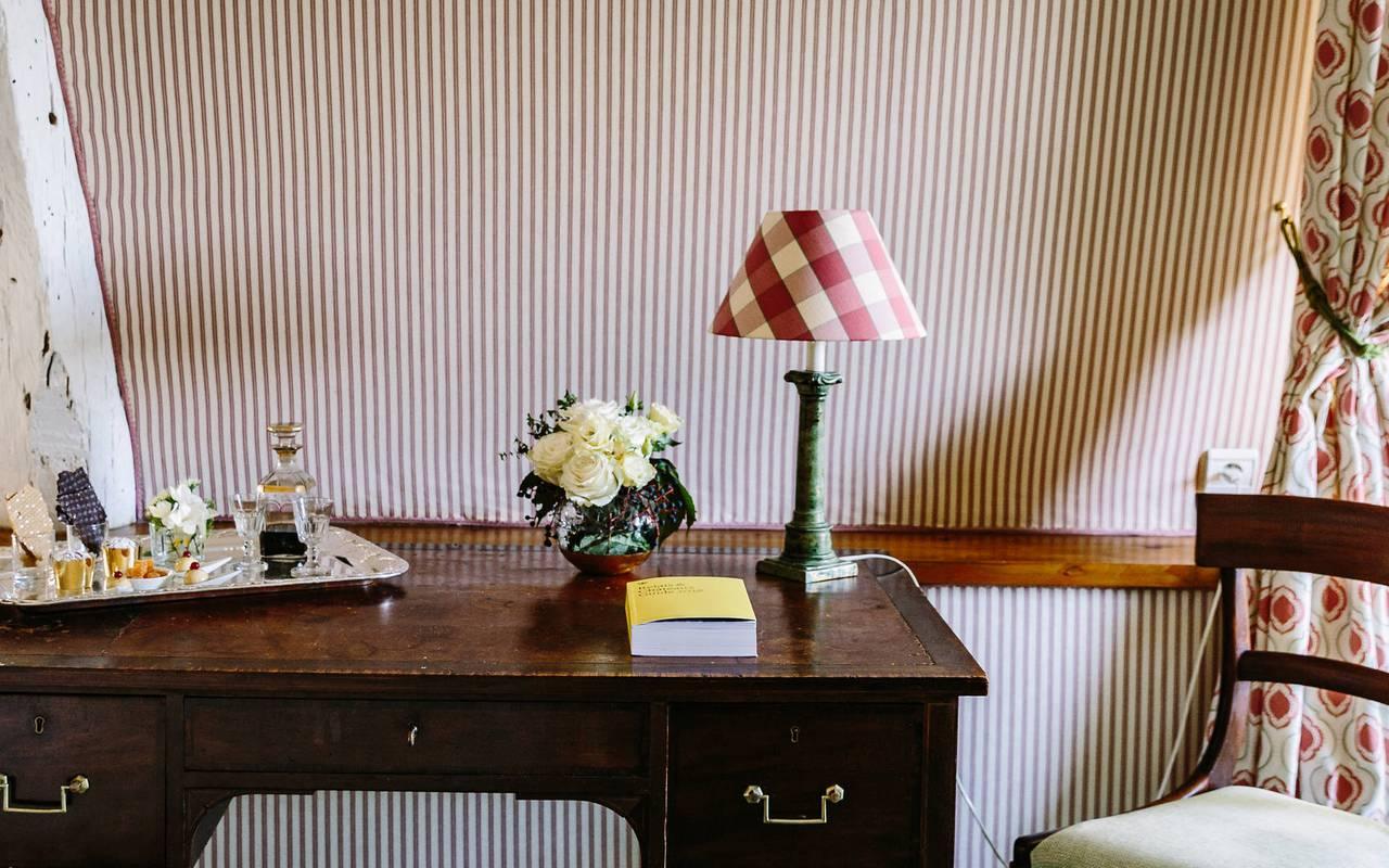 Bureau dans chambre Fenelon - Hôtel de luxe Rocamadour