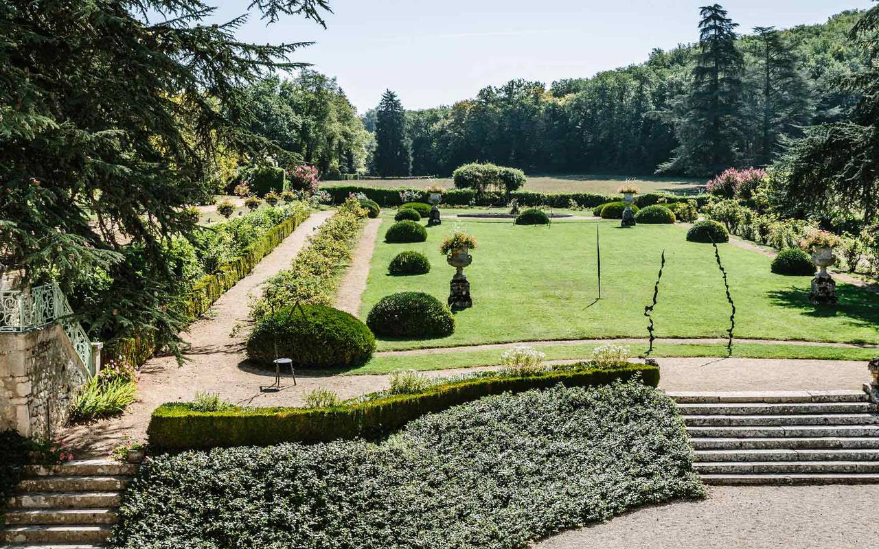 Vue jardin Chambre Empire hôtel Lot