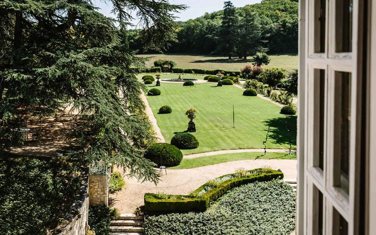 jardin dans chateau de la treyne - hotel 4 étoiles dordogne