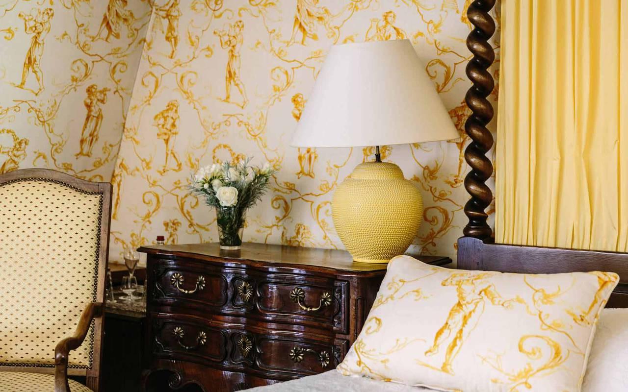 Lit dans chambre Henri IV - Chateau de la treyne