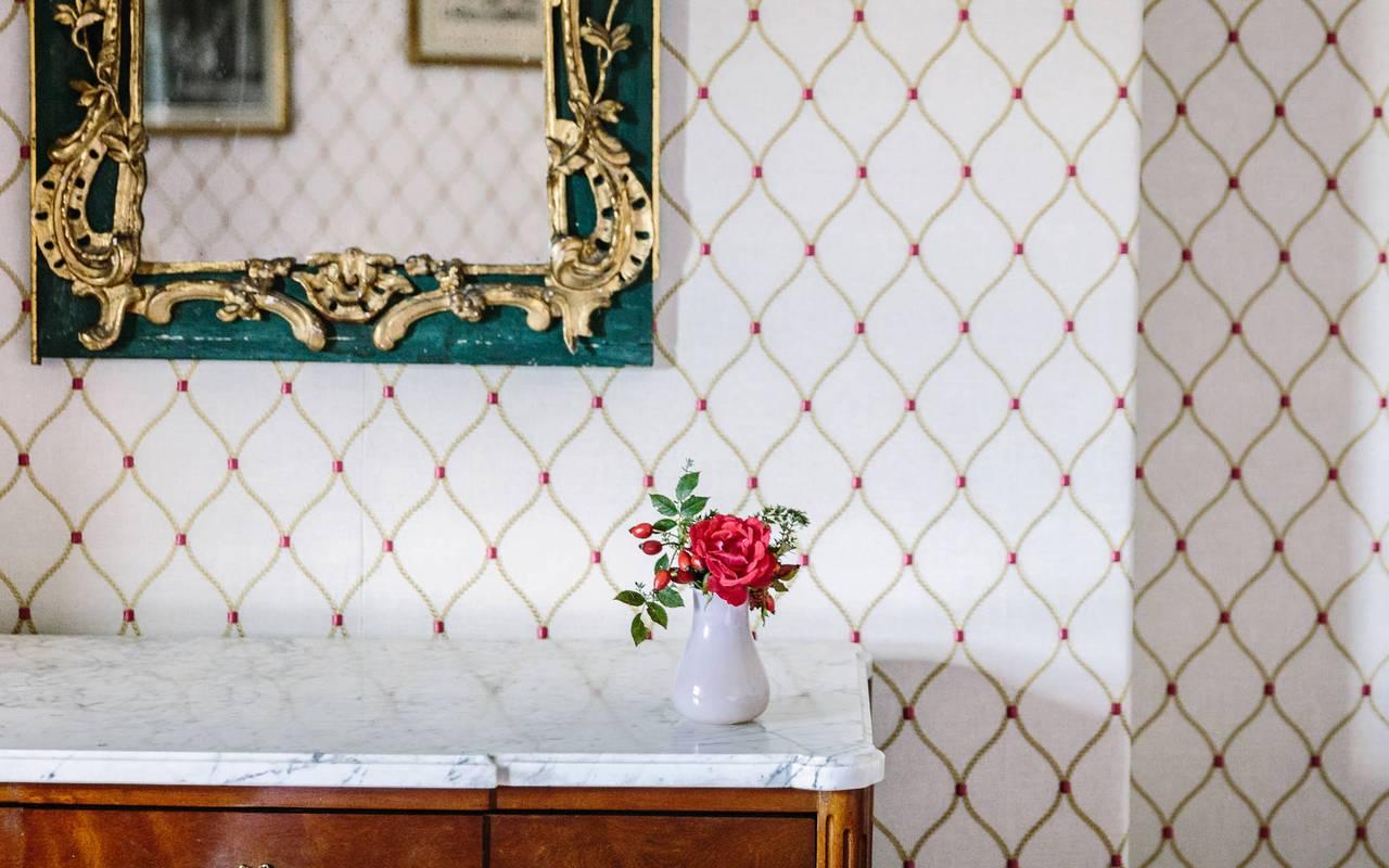 Meuble et miroir - Hôtel 4 étoiles Sarlat