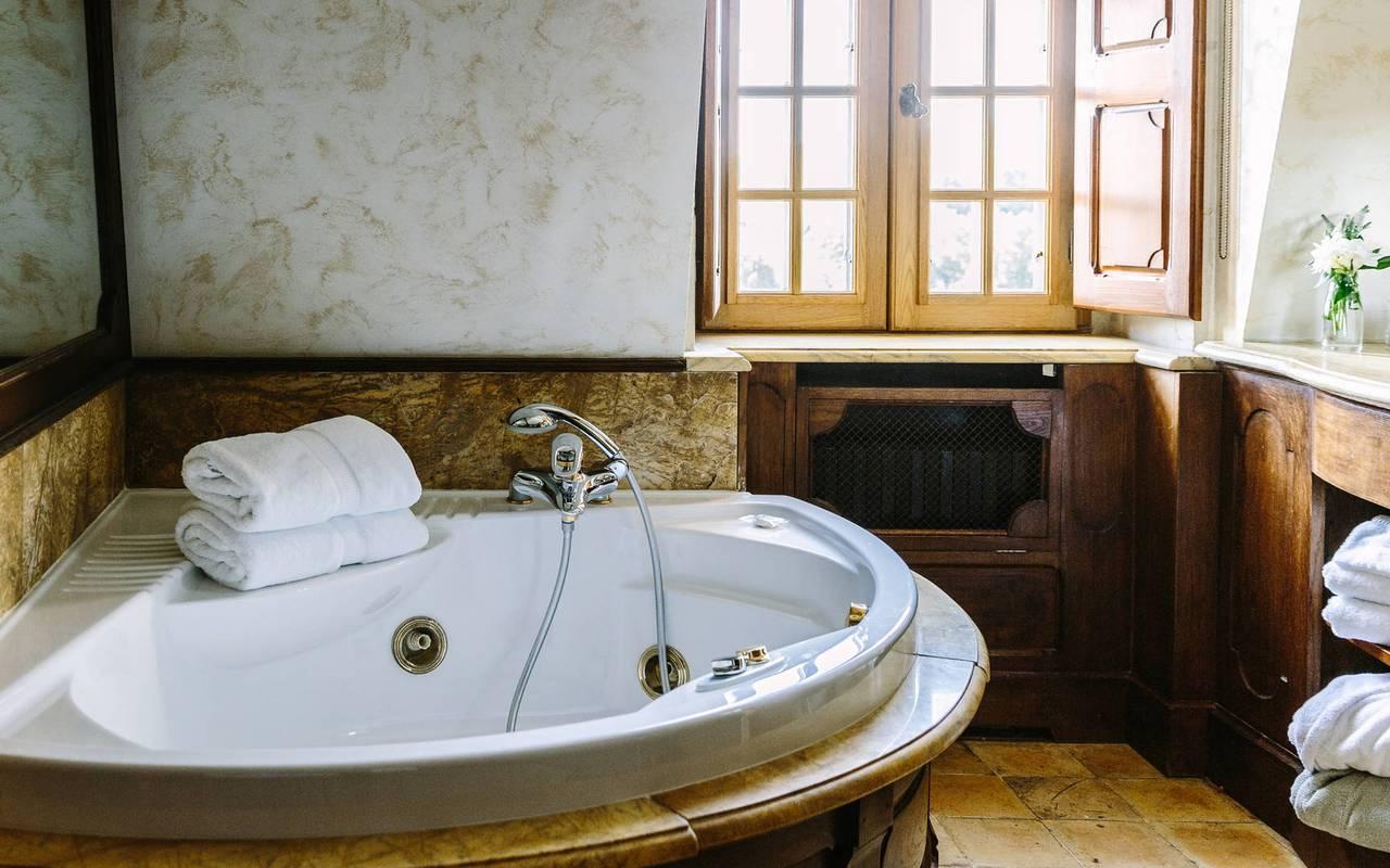 Salle de bain chambre Scribe - Château Dordogne