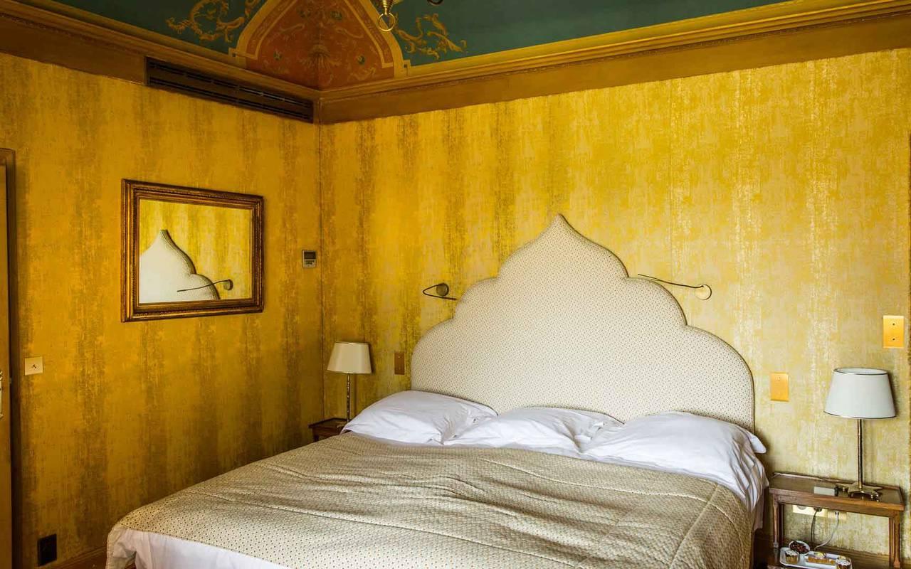 Lit chambre Soleil Levant - Hôte de luxe Lot