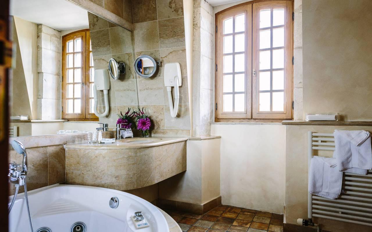 Salle de bain chambre Turenne - Hôtel de luxe Lot