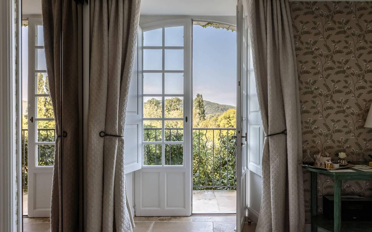 Fenêtre de la chambre Dordogne - chateau de la treyne