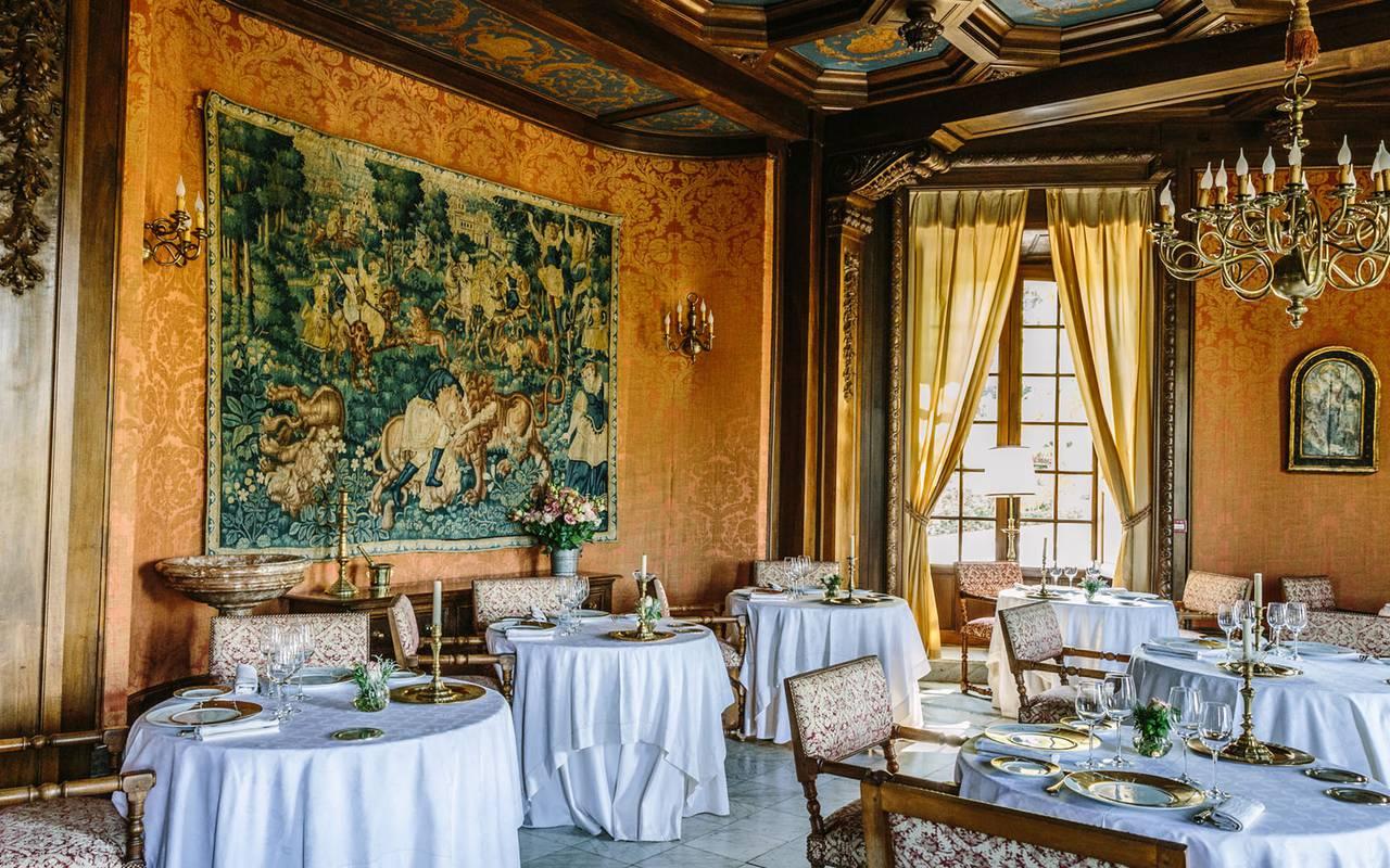 Salle de restaurant - chateau de la treyne