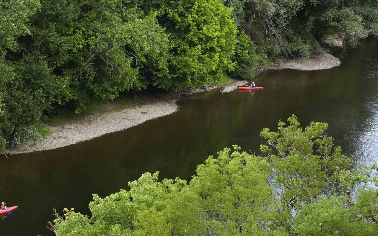 canoe vallée de la dordogne - chateau de la treyne